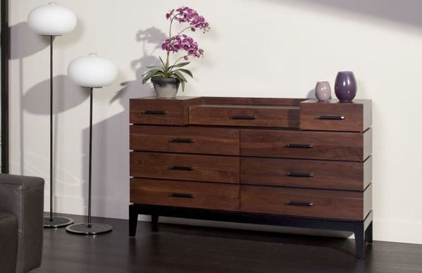 Picture of Definity Deluxe Dresser